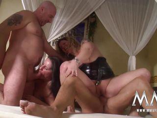 Домашние секс втроем видео сборниках