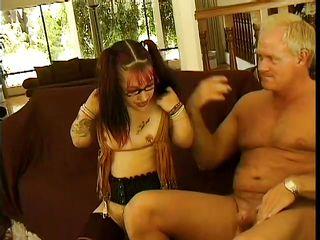 Порно русских зрелых женщин с большими жопами