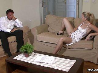 Русское порно видео зрелые оргазмы