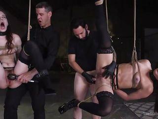 Порно со стройной секретаршей